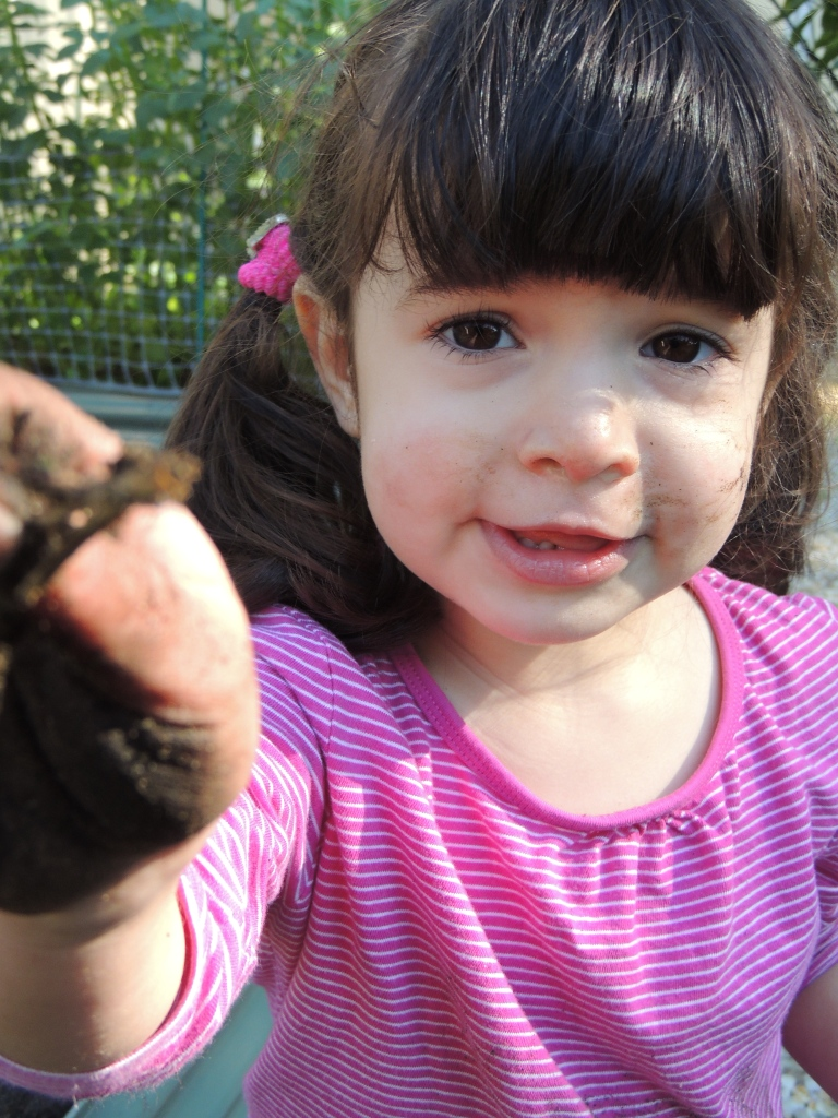 Look Mummy, I found a worm