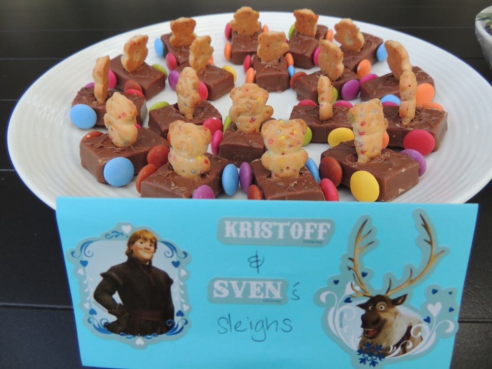 Kristoff and Sven sleighs